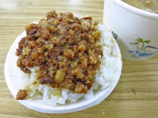 【台北美食】滿庭香魯肉飯-台北老字號魯肉飯店
