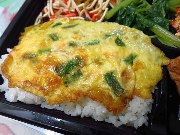 【新莊美食】昌隆街燒肉飯-55元的超便宜燒肉飯