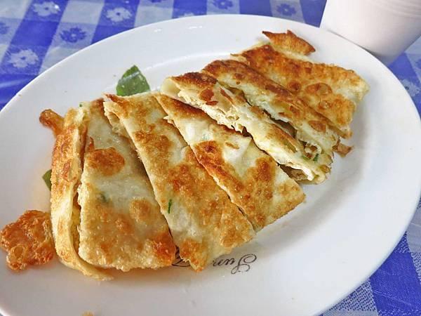 【台中美食】澎湖早點-超人氣手工酥脆手擀蛋餅