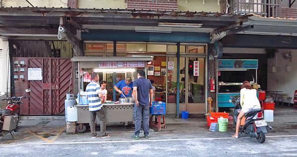 【板橋美食】板橋中山公園麵線-在地人爆推的巷弄美食