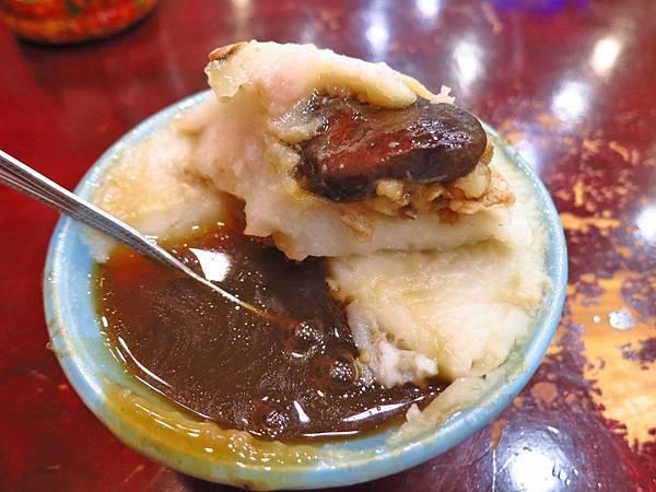 【板橋美食】碗粿之家板橋店-料多味美值得推薦的碗粿