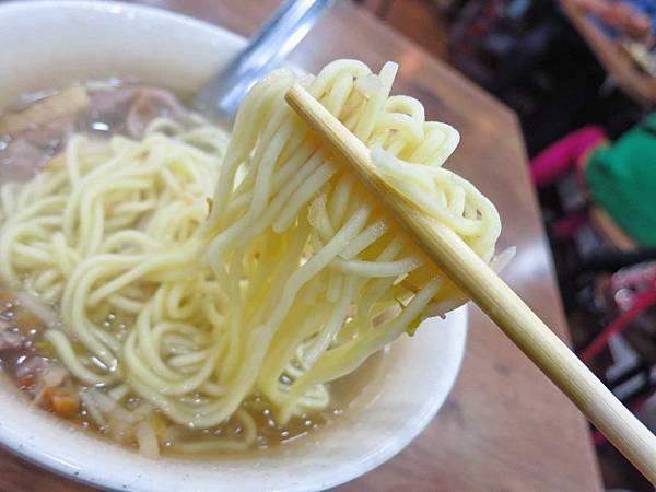 【台北美食】千暉鵝肉店-巷弄裡的美味煙燻鵝肉麵