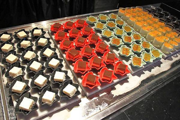 【新竹美食】香港香港新生活飲茶-首創手搖特飲與港式料理吃到飽