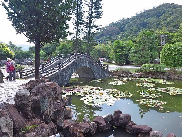 【台北旅遊】雙溪公園-2017大王蓮奇幻漂浮