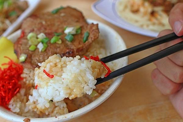 【中壢美食】雙陳魯肉飯-從無到有都是親自製的美味小吃