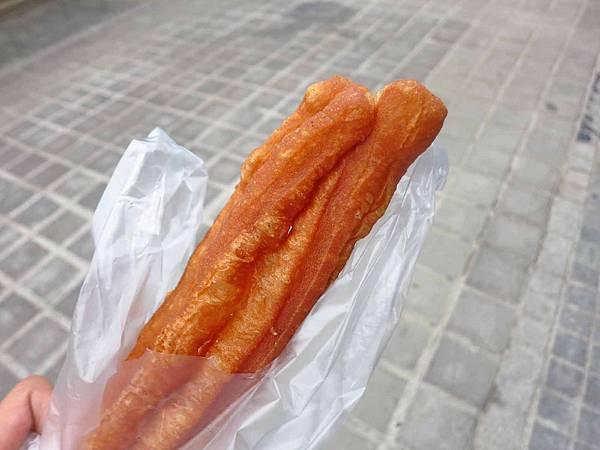 【桃園美食】新珉油條店-酥脆又美味的老油條