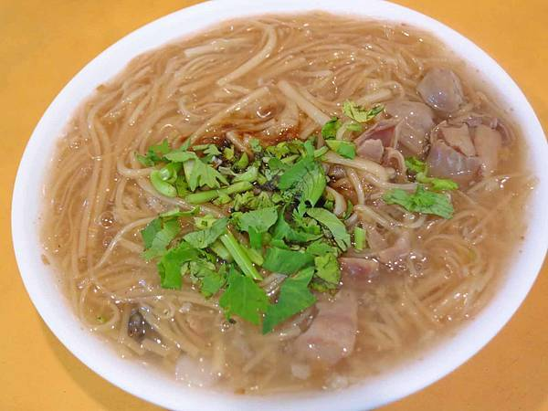 【新莊美食】台西蚵仔麵線-24小時全年無休的宵夜美食
