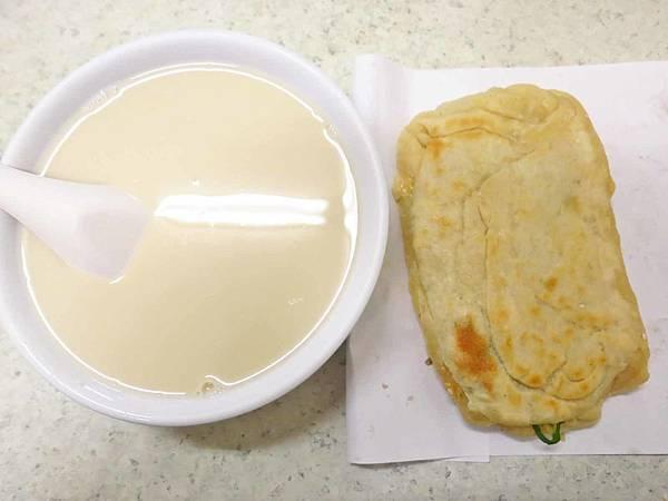 【台中美食】燒餅油條豆漿-沒有店名的隱藏版燒餅店