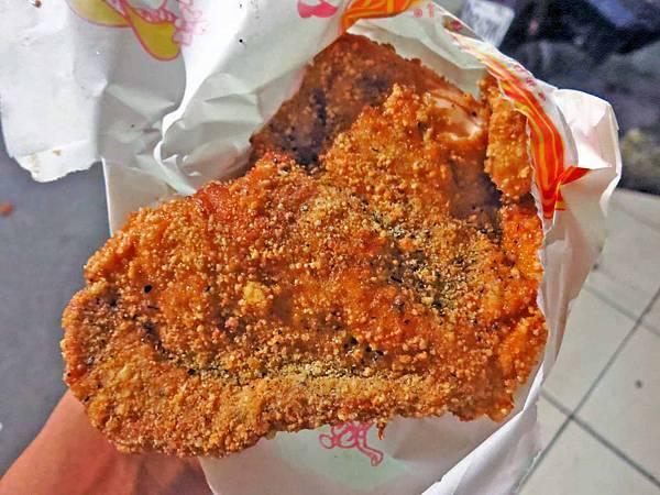 【台北美食】昇冠雞排專賣店-CP值爆表的鹹酥雞店
