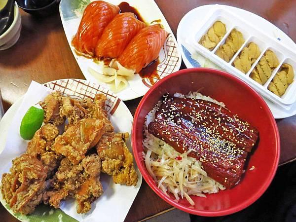 【台北美食】三味食堂-超級巨無霸鮭魚壽司