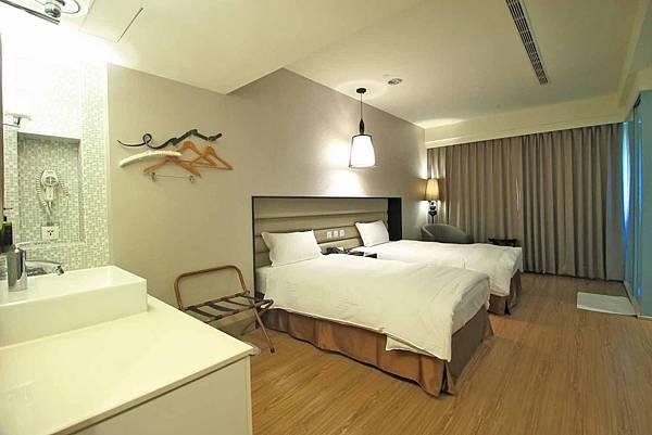 【台中旅館】星漾商旅台中一中館-輕盈又舒適的商務旅館