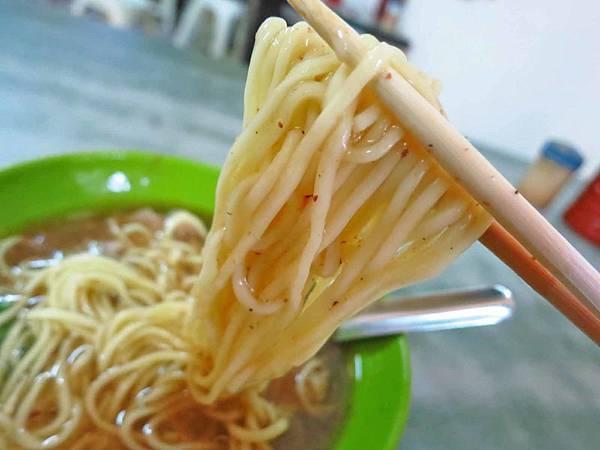 【蘆洲美食】中正路無名麵店-超級無敵便宜的35元肉羹麵