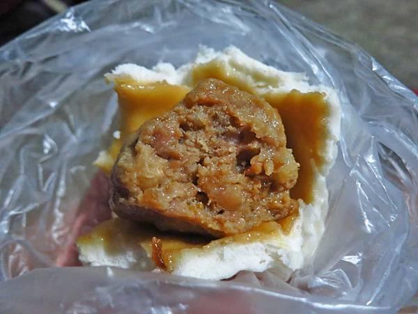 【台北美食】士林夜市廟口好吃肉包-好吃又美味的肉包