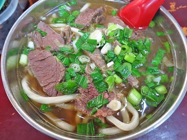 【台北美食】劉山東牛肉麵-隱身在不起眼巷弄裡的60年老店
