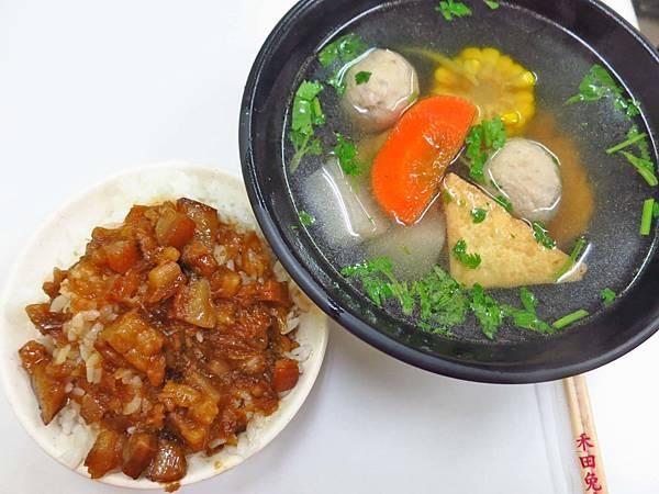 【台北美食】柯媽媽台南小吃-士林夜市裡CP值最高的小吃店