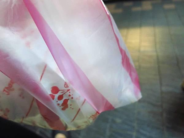 【台北美食】180度C蜜酥雞排-沒有預約需等半小時以上的超人氣鹹酥雞店