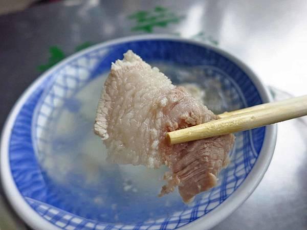 【台北美食】媽祖宮口原汁排骨湯-軟嫩鮮甜又美味的排骨湯