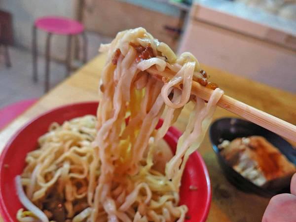 【台北美食】晴光意麵-老舊市場裡的超人氣小吃店