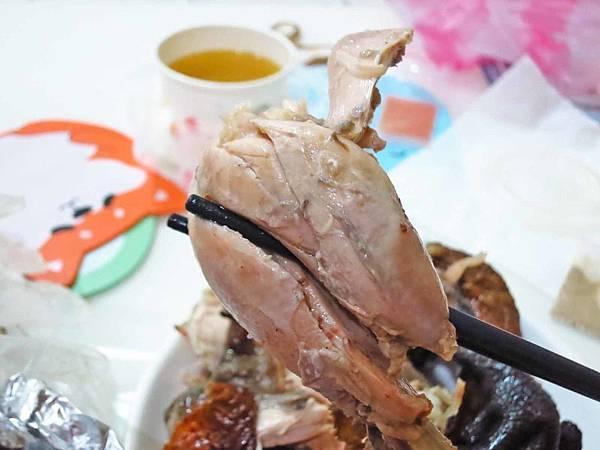 【蘆洲美食】三蘆桶仔雞 (原日理萬雞)-美味又迷人的香噴噴烤雞