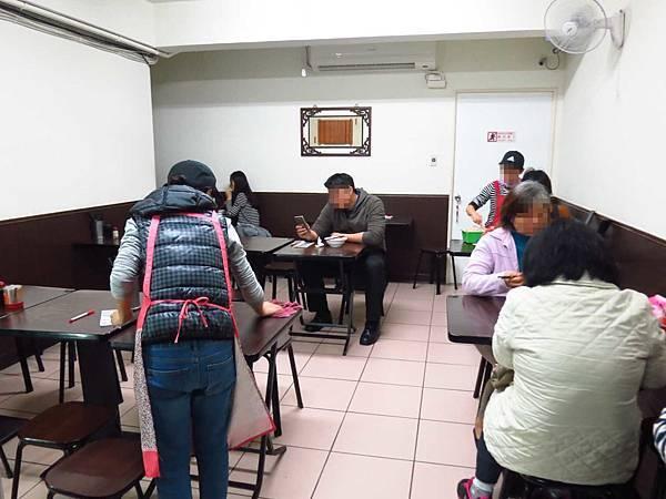 【台北美食】黃記溫州大餛鈍-酸甜香的大餛飩抄手