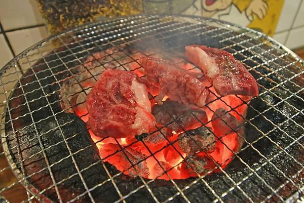 【東京美食】新宿ホルモン-內行人才知道的備長炭美味燒肉店(Shinjuku hormone)