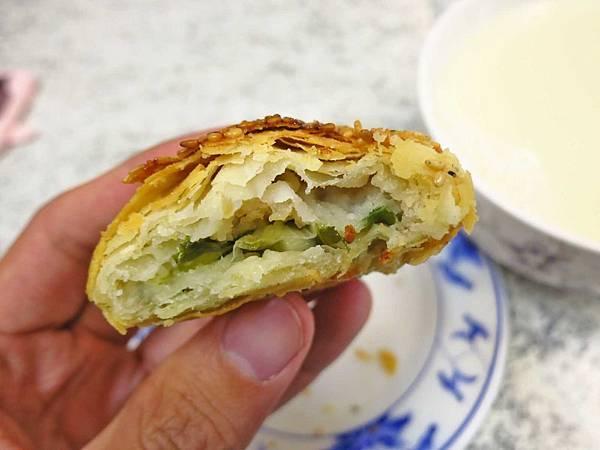 【台北美食】張吳記麵餅舖-超過50年的炭烤餅舖
