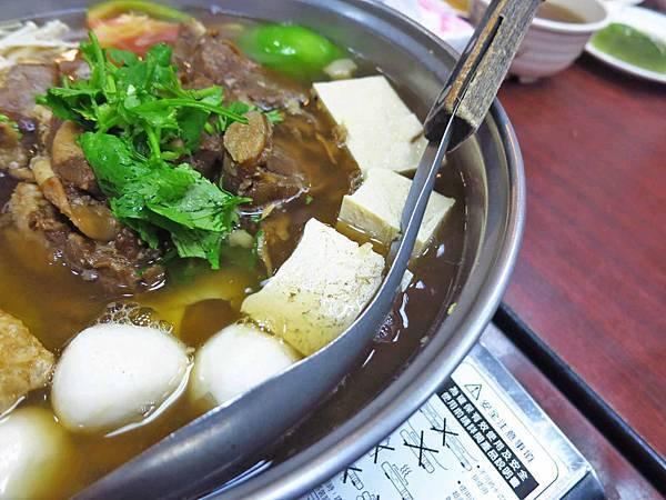 【台北美食】下港吔羊肉專賣店-人氣超級旺的羊肉爐料理店