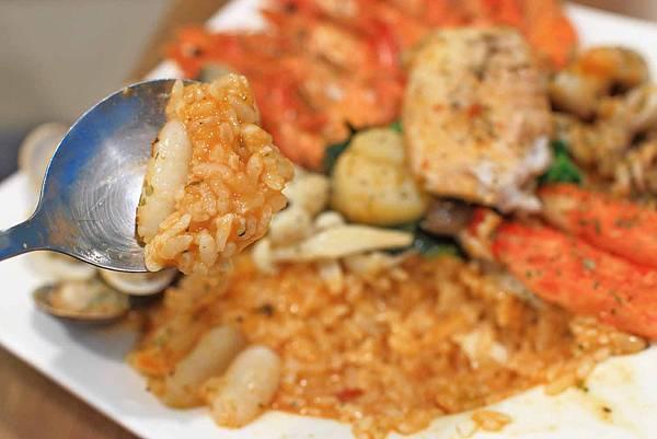 【新莊美食】不只是沙拉-不用百元的義式料理親子餐廳
