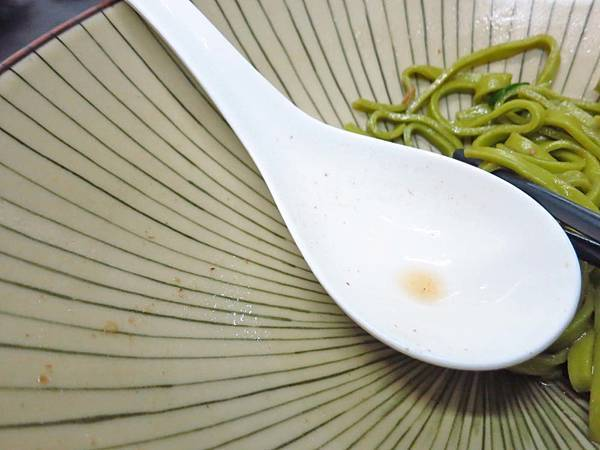 【板橋美食】祥發養生蔬菜排骨麵食館-入口即化的排骨麵