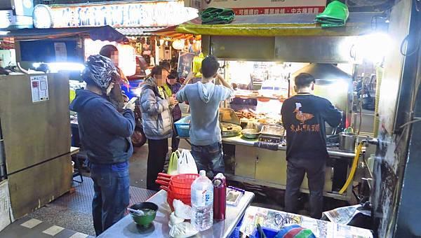 【板橋美食】康博士東山鴨頭-沒預約要等二十分鐘以上的東山鴨頭