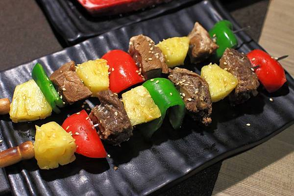 【板橋美食】愛烤愛對囉-全台北CP值最高的燒烤吃到飽