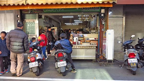 【新竹美食】光復小籠包-要等半小時以上的小籠包店