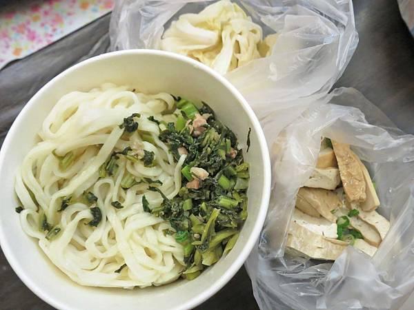 【台北美食】易記牛肉麵-外省人口味的麵食館