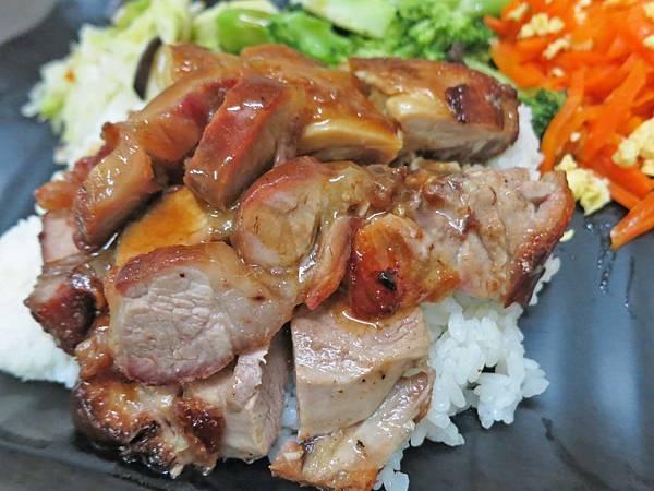 【台北美食】九隆港式燒臘-便宜又美味的燒臘店