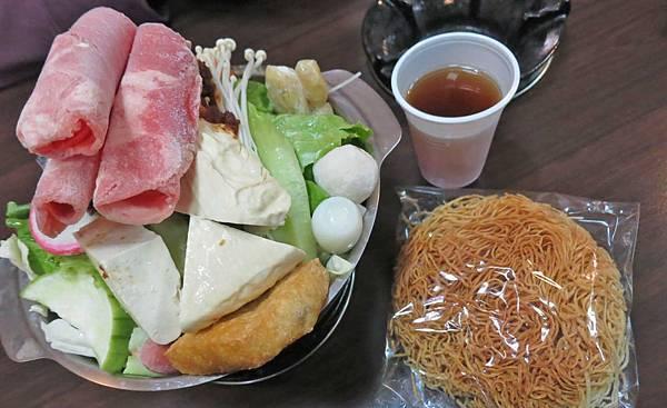 【蘆洲美食】胖老哥小火鍋-份量大的美味小火鍋