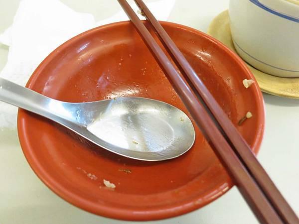 【蘆洲美食】燉品食堂-香噴噴美味的魯肉飯