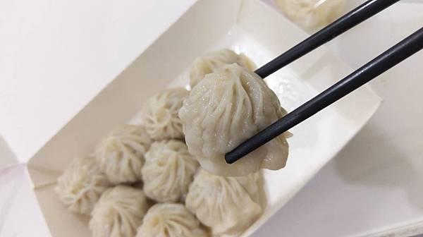 【蘆洲美食】黃師父上海小籠包-現包現蒸的鮮美小籠包