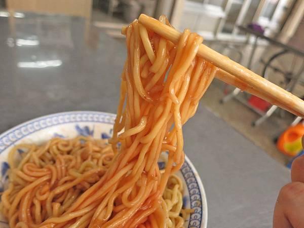 【台中美食】阿坤麵-美味又迷人的乾麵