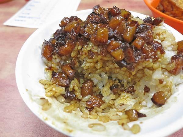 【台北美食】小王清湯瓜仔肉-40年老字號魯肉飯店