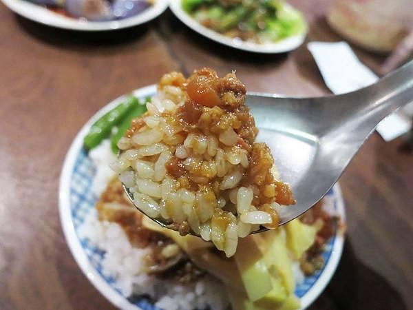 【宜蘭美食】金澤魯肉飯-CP值極高的巷弄美食