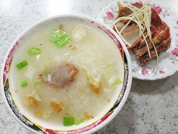 【台北美食】老艋舺鹹粥店-在地知名的60年老店