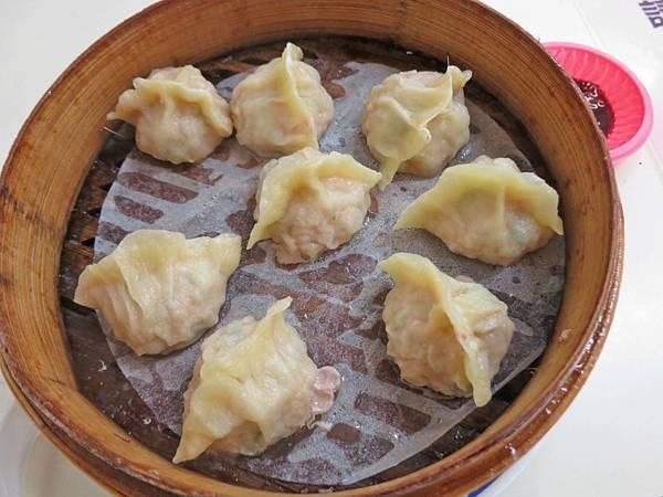 【台北美食】圓圓小籠湯包-美味又迷人的蝦仁蒸餃