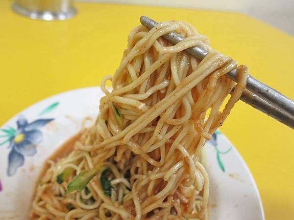 【台北美食】柴寮仔涼麵-滿滿蒜頭的涼麵