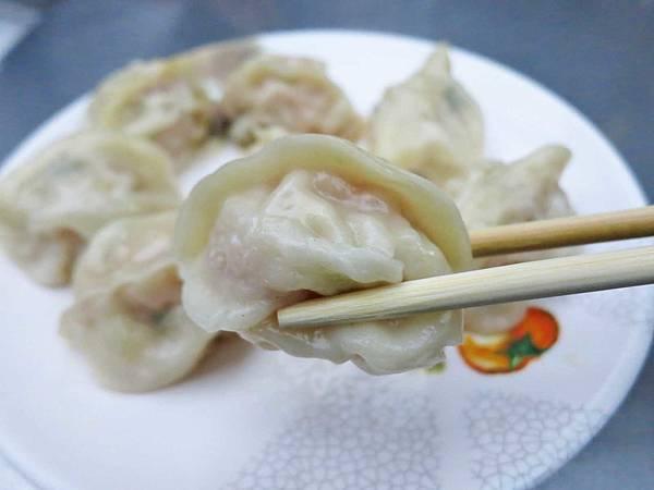 【台北美食】滿福香蒸餃館-皮薄內餡鮮甜的美味蒸餃