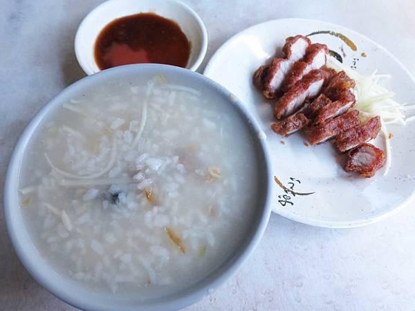 【台北美食】雙連肉粥-超過40年老字號鹹粥店