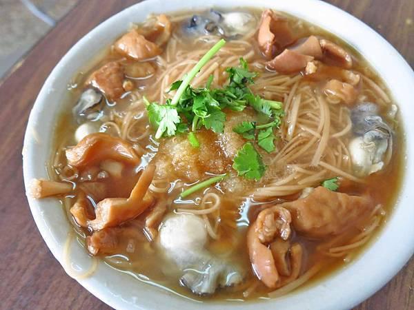 【台北美食】雙連蚵仔麵線-清爽又美味迷人的麵線店