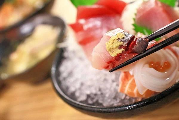 【台北美食】五漁村丼飯屋-食材比一般還要厚一倍以上的巷弄版美食