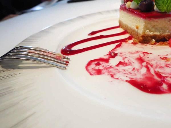 【台北美食】寶艾西餐廳-米其林推薦餐廳的威靈頓牛排