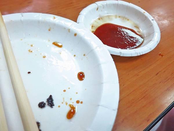 【台北美食】阿財鍋貼水餃專賣店-用餐時間大排長龍的知名店家