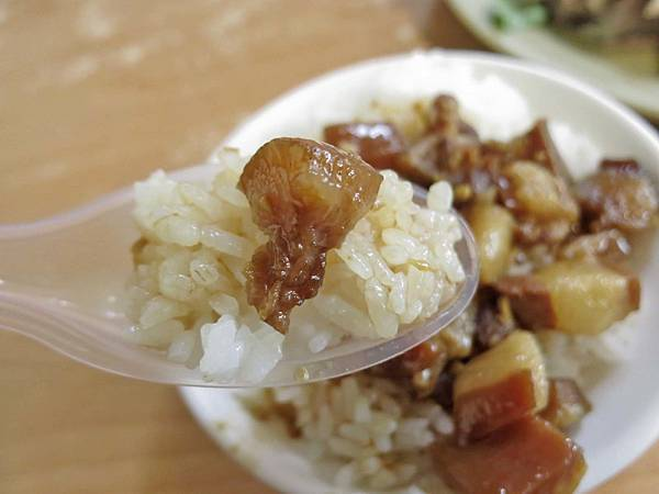 【台北美食】無名鵝肉擔-沒有店名卻深受大家歡迎的美食小吃店
